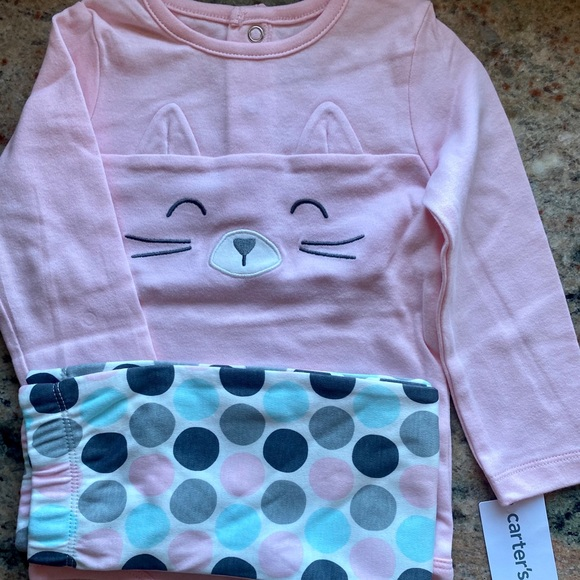 NWT Carters Outfit 18 Mos